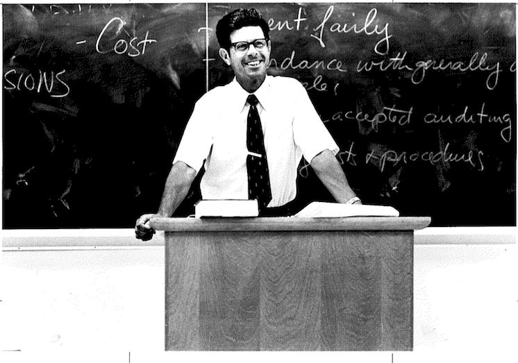 Prof. Alan Cerf teaching in Barrows Hall in 1979.
